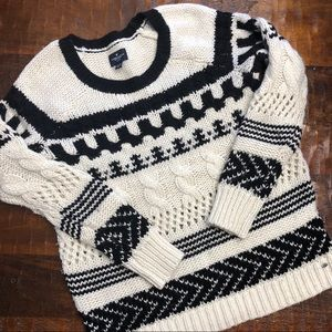 American Eagle Black & White Cable Knit Sweater